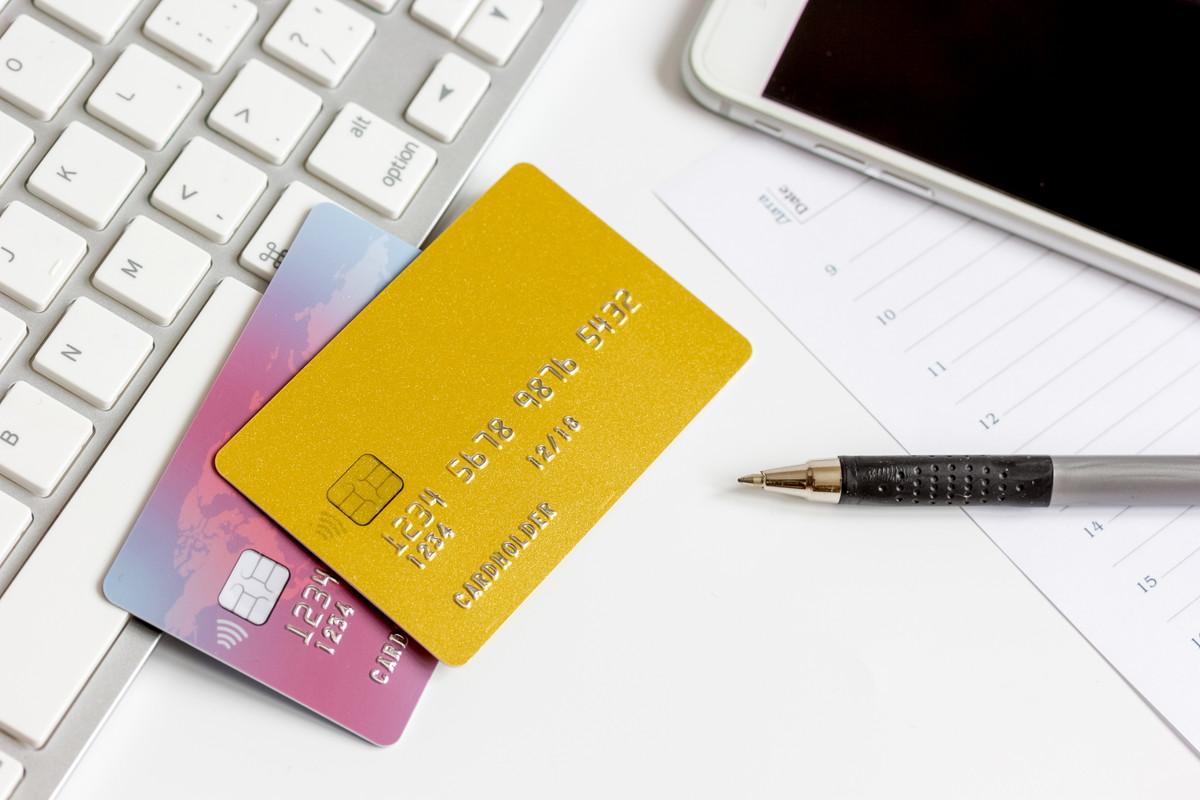 Apple PayにJALカードを登録 お財布も支払もスマートに