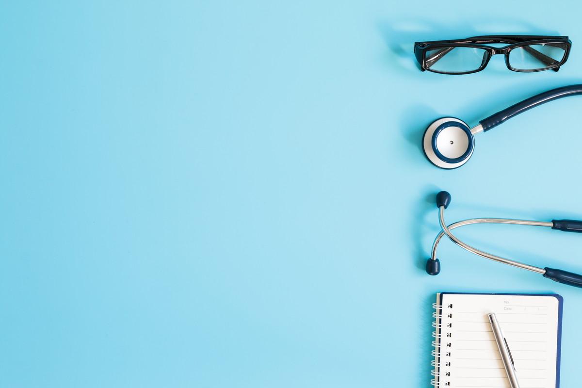 【調剤薬局事務の年収と仕事内容】就職前に知っておきたいポイント