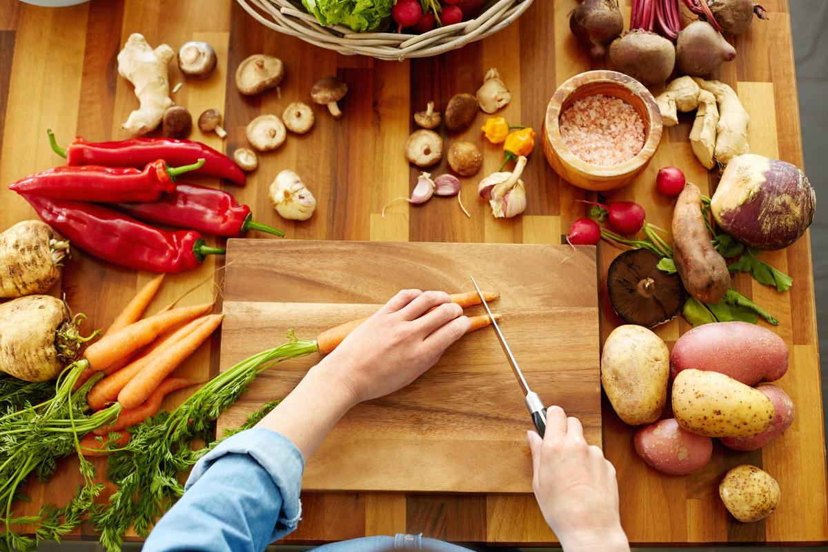ボリュームたっぷりの節約レシピが知りたい。簡単レシピ&食材