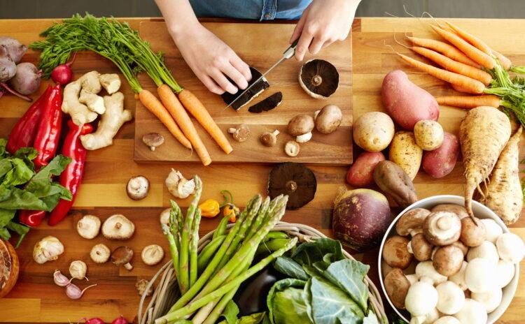 4人家族の食費の平均は?上手に食費を節約するテクニック