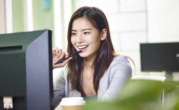 副業解禁の会社が増えた。日本の副業事情やこれからの働き方解説