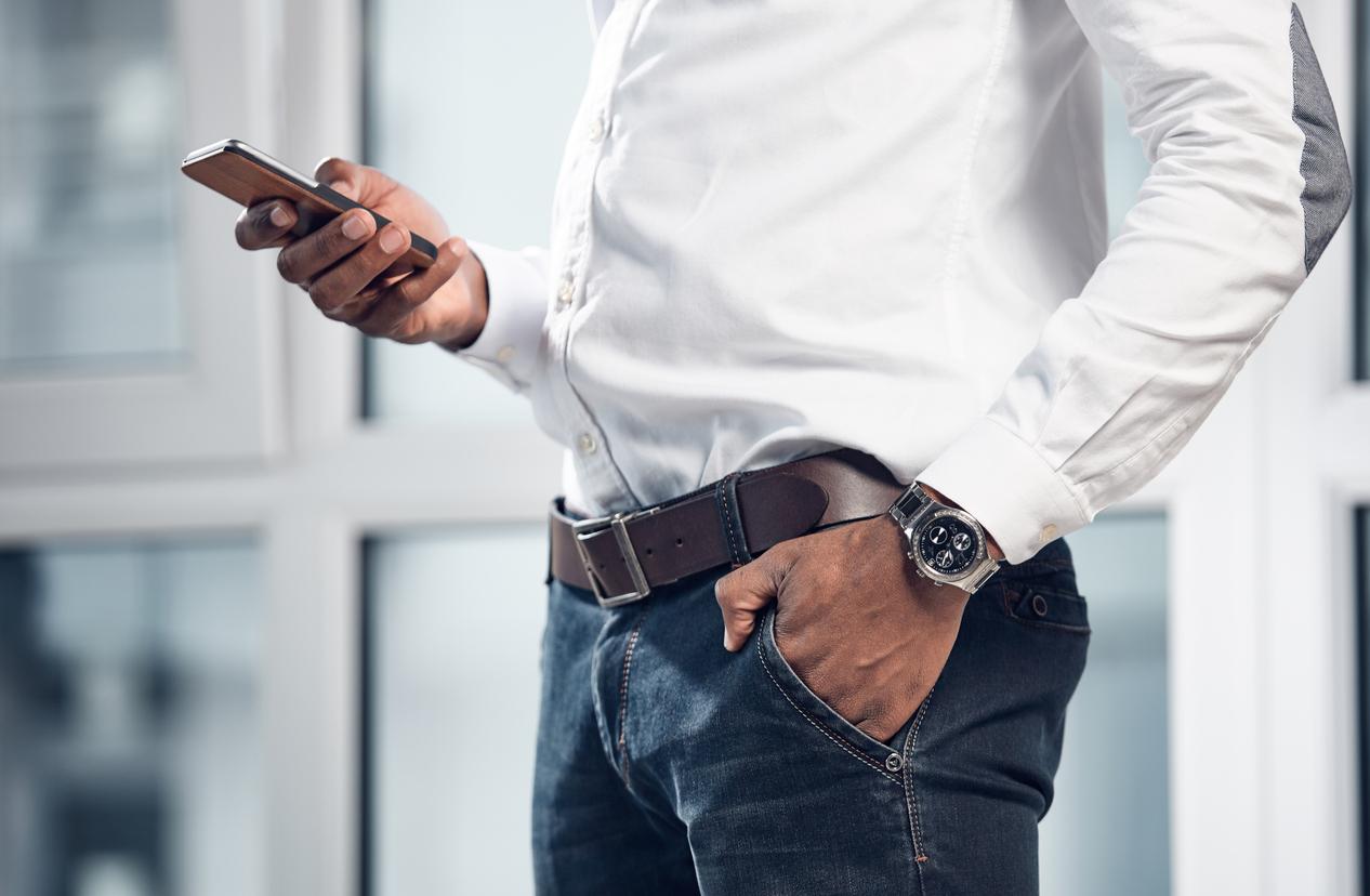 エポスカードの電話で可能な手続きはさまざまあり、非常に便利